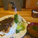 キッチン ペギー - 料理写真:カツカレー大盛り