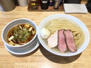 ふる川 - 鴨ねぎつけ麺(大盛 350g)(950円)、味付玉子(100円)