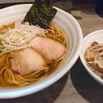 風人 - 淡麗風人醤油そば     ランチ丼