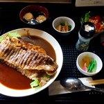 近江牛と地元野菜 ダイニングMOO - 近江牛インディアンカレー&ハヤシライス