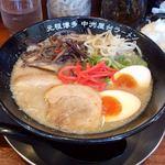 ラーメン一竜 - トンコツ味玉ラーメン850円/26