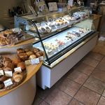 アトリエ菓舎 - 店内ケーキコーナー