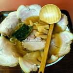 日本亭 - 相方はいつものチャーシュー麺大盛