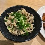 格安ビールと鉄鍋餃子 3・6・5酒場 - 酢モツ