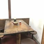 89215997 - テーブル席