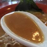 らー麺ZEN - 豚骨ではありません、豚肉スープです〜〜
