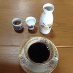 八千代喫茶店 - ドリンク写真:水出しコーヒー