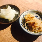 沖縄とんかつ食堂しまぶた屋 - 漬物