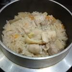 三代目 鳥メロ - 鶏釜飯