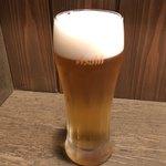 めん八 - 生ビール 600円。