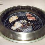 焼肉飯場 円蔵 - 無煙ローター