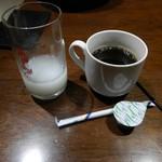 石庫門 - カルピスとホットコーヒー