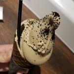 エイチズ クリーム アンド コーヒー - 料理写真: