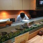 富久寿司 - 大将仕事中…