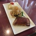 華正樓 新館 - 前菜3品(白菜の甘酢漬け、クラゲの冷菜、焼豚)