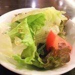 虎髭本店 - サラダ