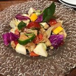 OSTERIA GAINA - パンツァネッラ(ゴロゴロ野菜のトスカーナサラダ) 1,280円