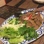 タイの食卓 パクチータイ - タイ風牛肉焼きサラダ 1180円