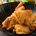 Dining kaze 池袋の風 - 佐藤自慢の鶏のから揚げ