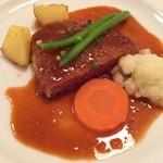 89259134 - 肉料理