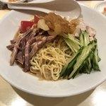 廣翔記 - 麺は細めの縮れ麺