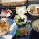 海鮮 まえ浜 - かぜおにぎり定食(2000円)