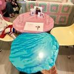 トドルパフ - アイスクリームテーブル