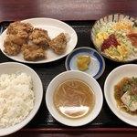 香港 - 料理写真:鶏のカラアゲ定食♪