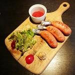 肉バル MEAT BOY N.Y - ワンハンドソーセージ 580円+税