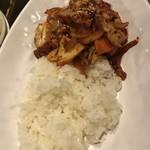 トンマッコル - タコ炒め丼