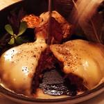 Cheese Tavern CASCINA - 国産牛の粗挽きラクレットチーズハンバーグ