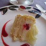 レストラン・タカノ - 洋梨のシャルロット