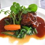 レストラン・タカノ - 牛肉赤ワイン煮込み