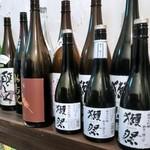 炭火焼鳥 煙 - 日本酒は60種類以上