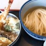 讃岐うどん十四明 - 料理写真:えび天丼と冷かけ