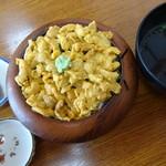 味処マルテン佐藤食堂しゃこたんなべ - 料理写真:生うに丼(3,500円)