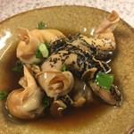 89308411 - つぶ貝煮は大皿から