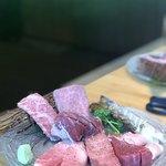 焼肉トラジ - お肉盛り合わせ。