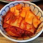 たじま屋 - キムチ盛合せ 白菜キムチとカクテキ