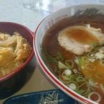 ドライブイン てしお - 料理写真:ミニカツ丼 セット (醤油ラーメン)