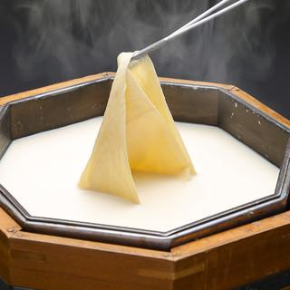 美味い湯葉の為の豆乳から作る「引き上げ湯葉」
