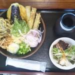 篁園 - 野菜天ぶっかけうどん 700円