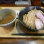 いかれたヌードル フィッシュトンズ - 濃厚つけ麺