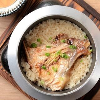 ●【名物①】幻のお米!ミネアサヒを使用した釜飯♪