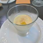 アキヒサ ハンダ - 富良野産恵味の冷製ポタージュ