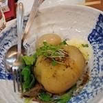 福島壱麺 - 自ら混ぜるポテサラ