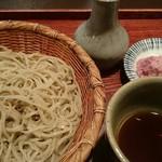 手打そば 吟 - 料理写真:シンプルだけれど美味しいお蕎麦だと思います
