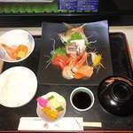 鶴べ別館 - お刺身御膳(上)       ¥1500