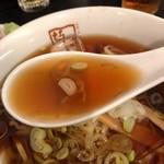 喜多方ラーメン 坂内 - 和風冷やしのスープ