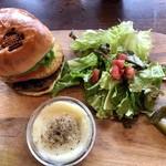 ルーフトップス - Grilled Pineapple and Onion Burger Set
